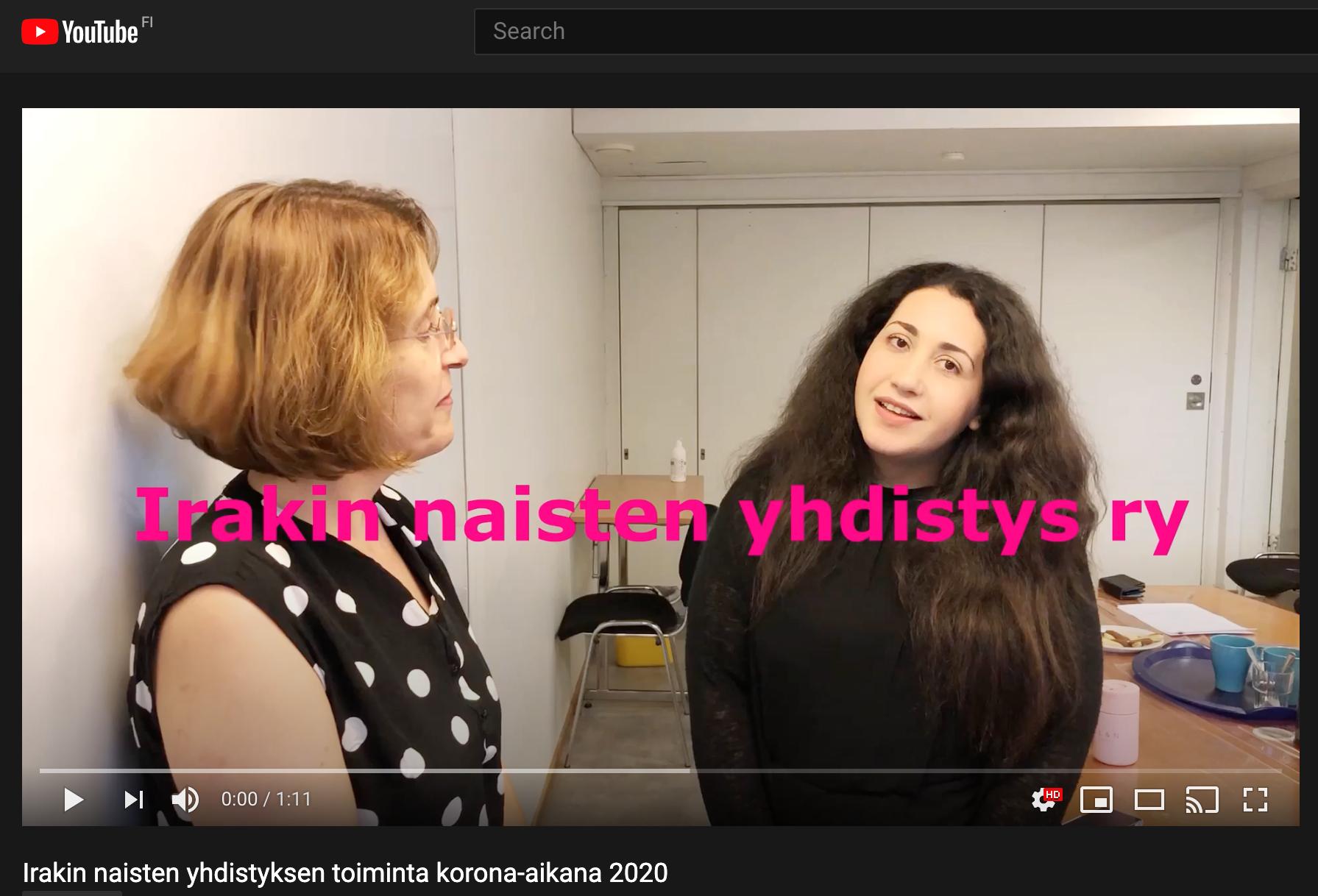 Kuvakaappaus YouTube-videosta. Kuvassa Irakin naisten yhdistys ry:n työntekijöitä.